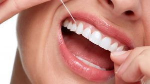 Flossing and Its Importance to Maintain Good Dental Hygiene